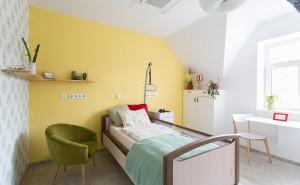 Pobytové odlehčovací služby Cesty domů – žlutý pokoj