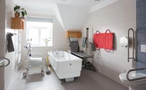Pobytové odlehčovací služby Cesty domů – společná koupelna