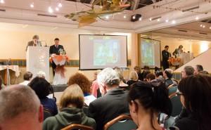 Druhá benefiční aukce uměleckých děl pro Cestu domů v roce 2012