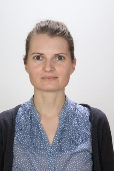 Mgr. Linda Tichotová