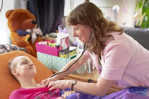 Dětská sestra Domácího hospice Cesta domů - foto Daniela Dahlien Neumanová
